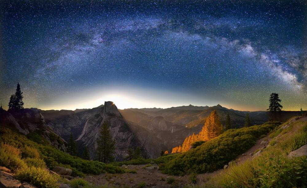 Sunrise over Half Dome, with the Milky Way arched above. Lovely photo by David Shield. Tweeted by the US Department of the Interior, 10/28/14.