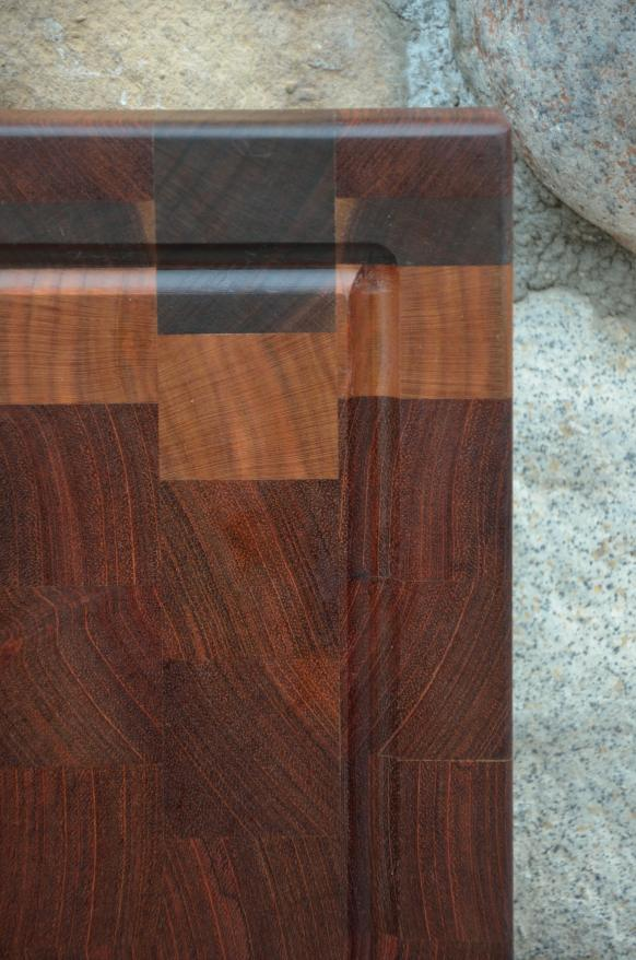 Close up detail of Cutting Board 15 - 057.