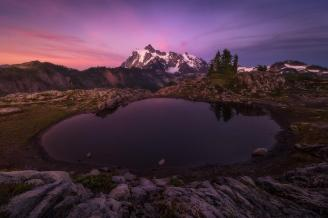 Summer sunset photos are the best like this beautiful photo of Cascades National Park by Howard Snyder. Tweeted by the US Department of the Interior, 7/20/15.