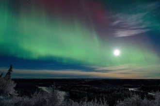 Wrangell-St Elias National Park under the aurora borealis and the moon. Tweeted by the US Department of the Interior, 1/5/16.