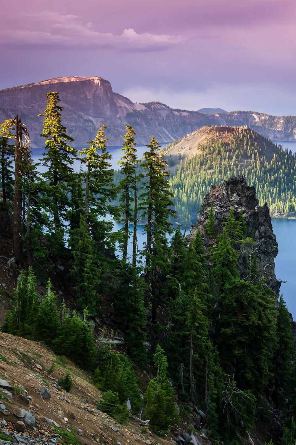 Oregon's Crater Lake National Park. Photo by Vincent James. Tweeted by the US Department of the Interior, 8/28/16.
