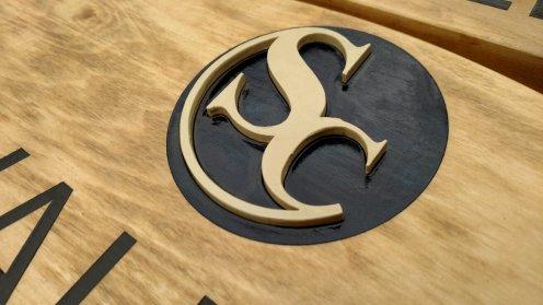 The 3D logo.
