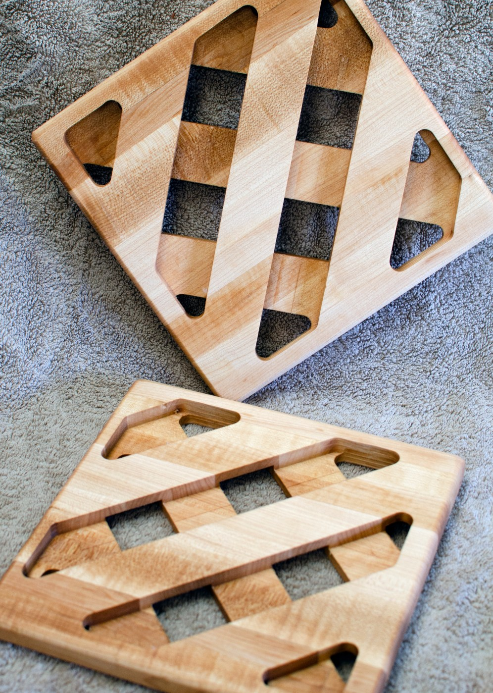 Trivet 18 - 730. Hard Maple.