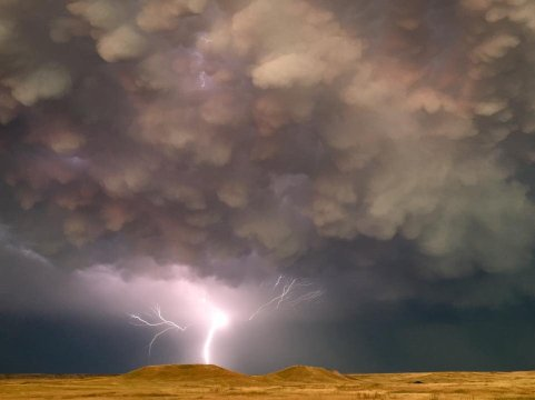 Summer makes for some epic thunderstorms. Case in point: this dramatic pic of a lighting strike at Badlands National Park in South Dakota from earlier in August. Photo by Badlands' Seasonal Park Paleontologist Phil Varela, National Park Service. Tweeted by the US Department of the Interior, 9/2/16.