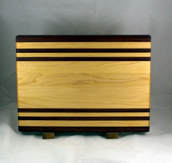 "Cutting Board 16 - Edge 025. Purpleheart & Hard Maple. Edge Grain. 12"" x 16"" x 1-1/4""."