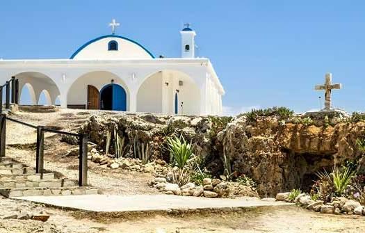 Пещерная церковь Айя Текла Кипр