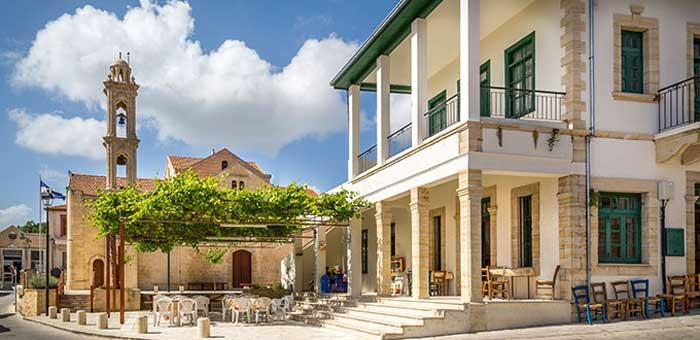 Деревня Арсос на Кипре