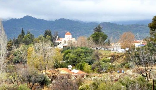 Деревня Тримиклини Кипр
