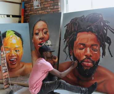 #AfricanCreativeSeries: Get Familiar With The Work Of Yomi Bas, Nigerian Painter Known For His Hyper- Realistic Style