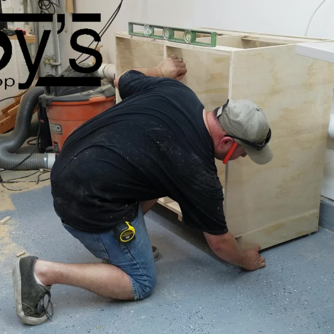 Make your own Cabinet Levelers