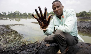 Nigerian farmers take Shell to court in a landmark oil polllution case