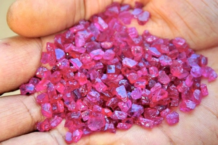 Rubies gemfields-mozambique-mine-to-yield-rubies-for-over-20-years