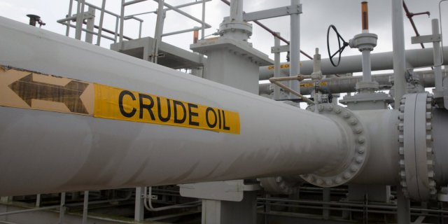 global-oil-glut-set-to-worsen-as-nigeria-libya-fields-restart