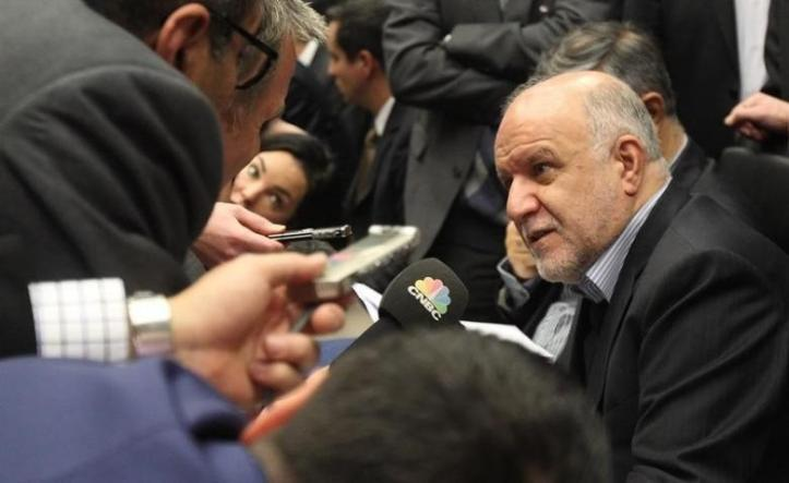 Iranian Oil Minister Zanganeh talks to journalists before a meeting of OPEC oil ministers at OPEC's headquarters in Vienna