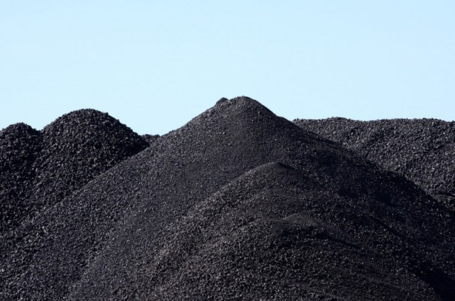 Coal_piles