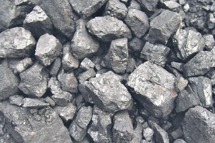 Iron_ore_exports_166-ab.jpg