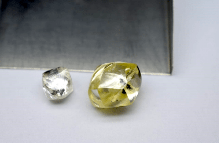 lucapa-on-a-roll-finds-25-carat-yellow-diamond-in-lesotho-mine.png