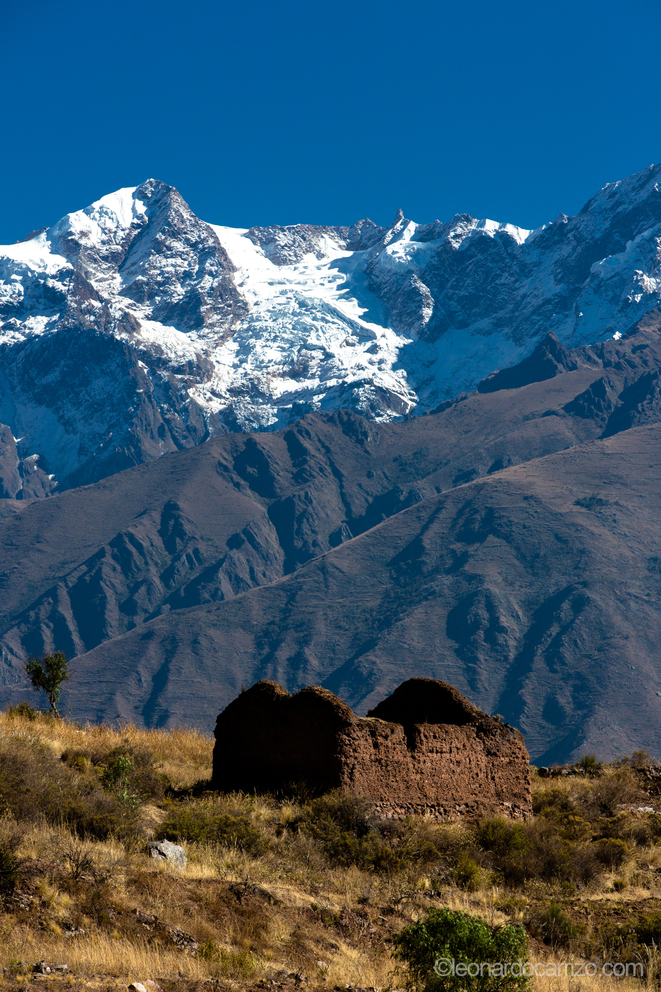 Hike to Inca quarry outside Ollanataytambo, Sacred Valley, Peru. photo by Leonardo Carrizo