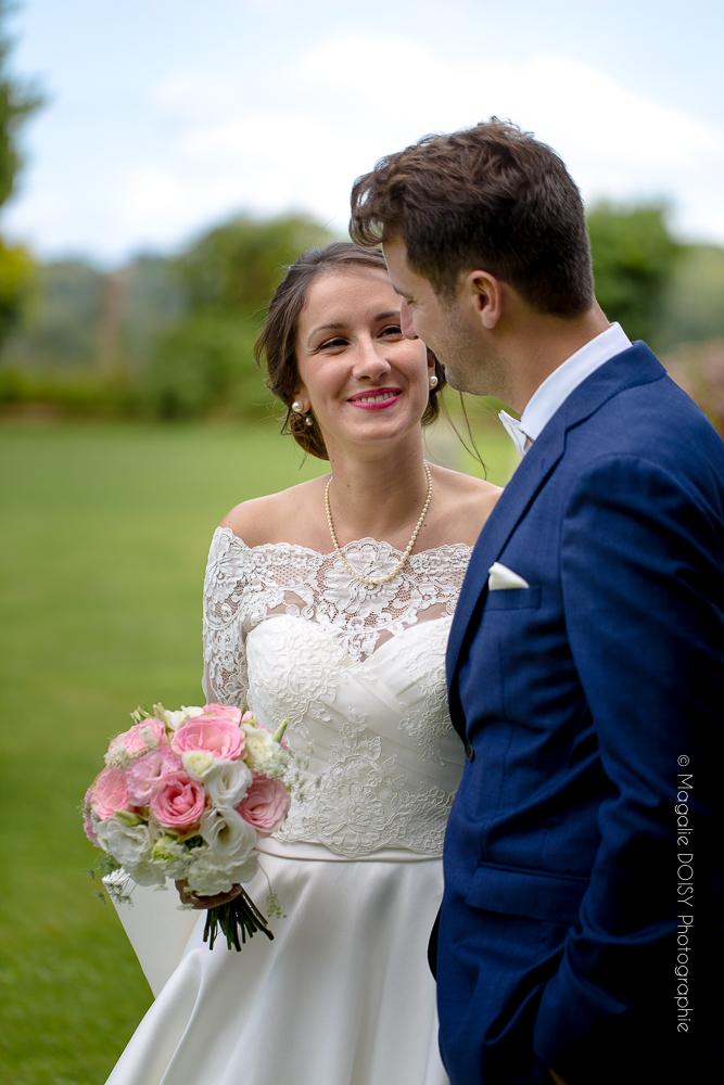 Photographie de couple pendant le mariage