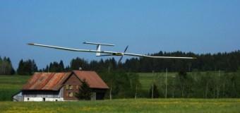 Легкий беспилотник на солнечных батареях пробыл в воздухе более суток