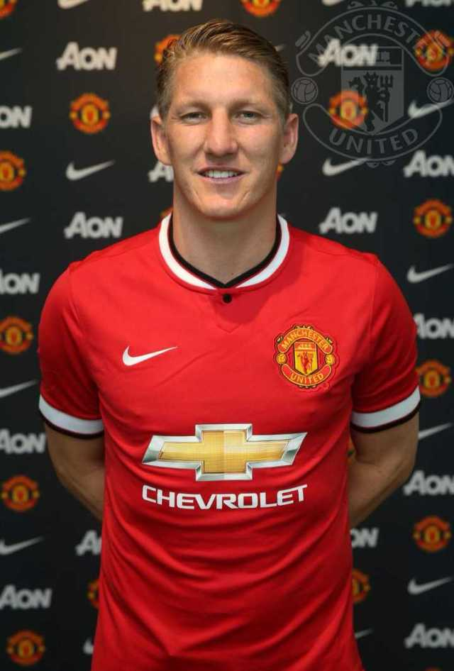 C00219E6E_9af51e30-2961-11e5-8d5f-0200ac17781c Manchester united have completed the Bastain shweinsteig from Byan munich on  three years contract