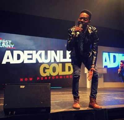 gold Man Proposes To Girlfriend as Adekunle Gold Performs Orente | Photos