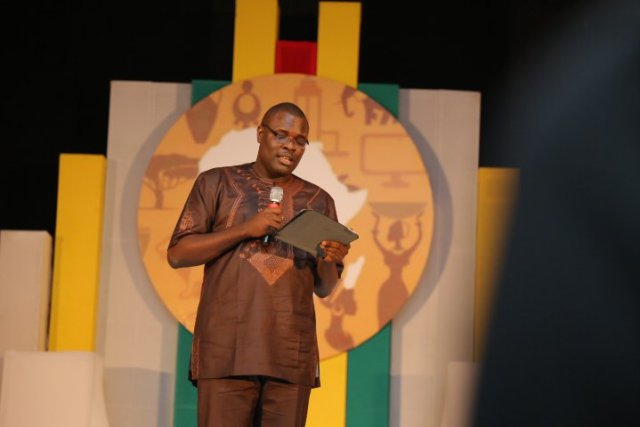 """Chude-Jideonwo-giving-his-speeach-at-The-Future-Awards-Africa-2015-2 """"329 Million Mobile Phones is Not Growth"""" - Chude  Jideonwo talks at The Future Awards Africa 2015"""