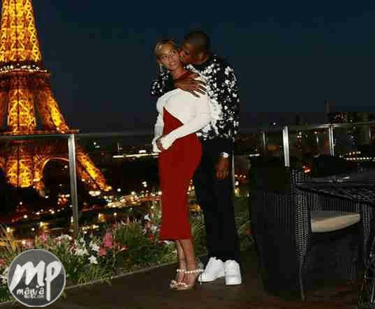 wp-1469558447829-1 Checkout Photo of Beyonce and Jay Z loved up in Paris