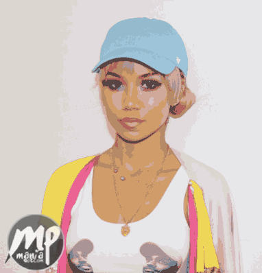wp-1471068856043-1 Jhene Aiko seen wearing a crop top with Big Sean's face on her B00bs (Photo)