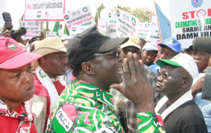 Labour suspends planned strike as FG Agrees on N30,000 Minimum Wage