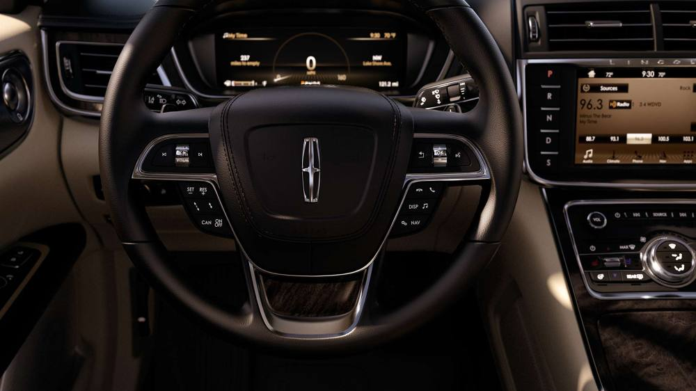 medium resolution of new lincoln continental interior image 1