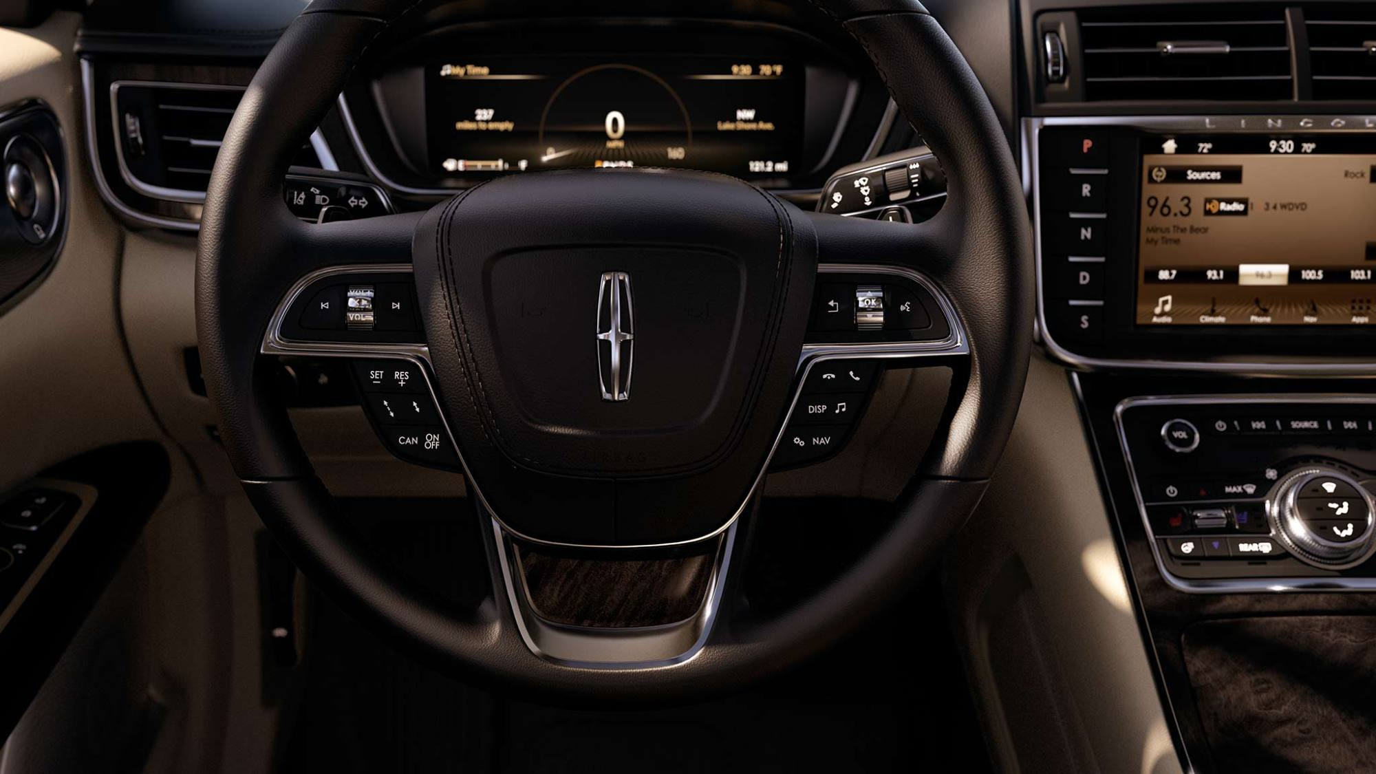 hight resolution of new lincoln continental interior image 1
