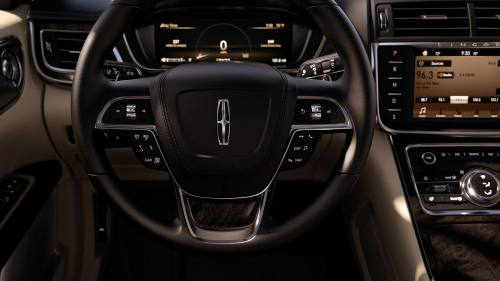 small resolution of new lincoln continental interior image 1