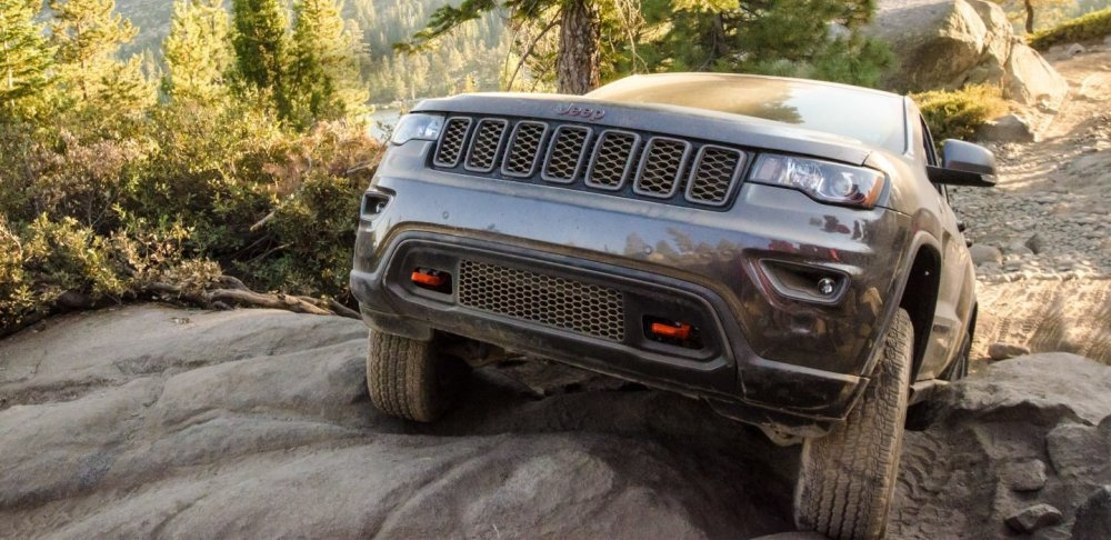 medium resolution of new jeep grand cherokee on sale now at kelly chrysler jeep in lynnfield ma