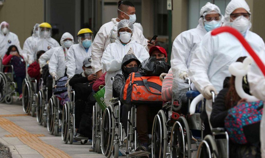 """Die CDC manipuliert die Statistiken, indem sie die Todesfälle der """"Geimpften"""" als Todesfälle der """"Nichtgeimpften"""" zählt."""
