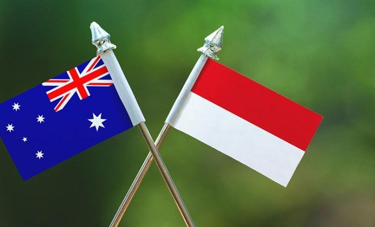 Australia-Indonesia-flag-Shutterstock-825x500