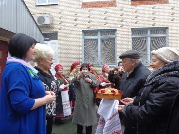 Всеукраїнський семінар з активістами волонтерського руху в Броварах. Фото з сайту Броварської міської ради