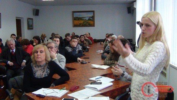 Ірина Нікітчина: «Гальмуючи роботу Штабу, влада загнала себе у глухий кут»
