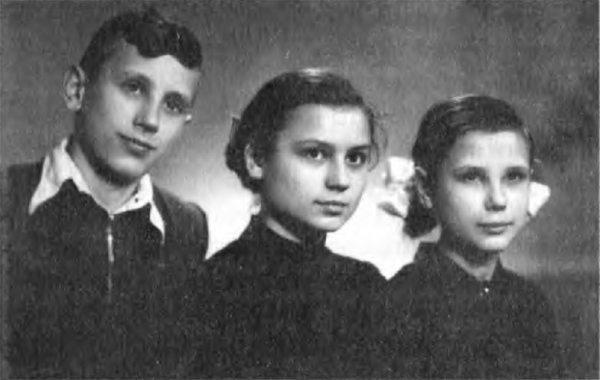 Олег, Оксана, Дарія, 1958_1