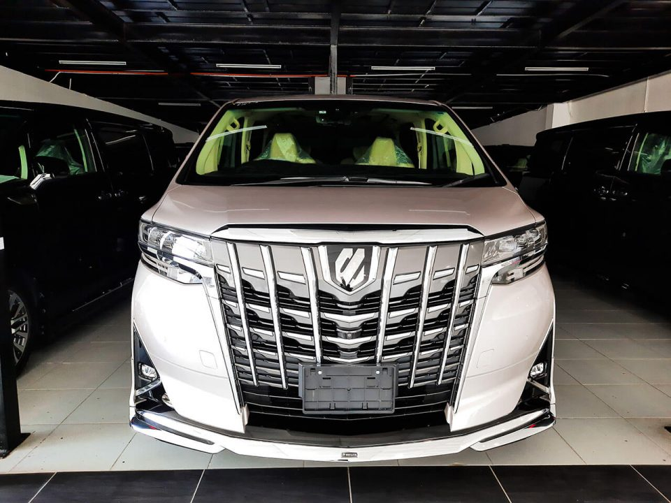Toyota Alphard 3.5 Executive Lounge