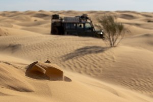 Dunes and Landrover