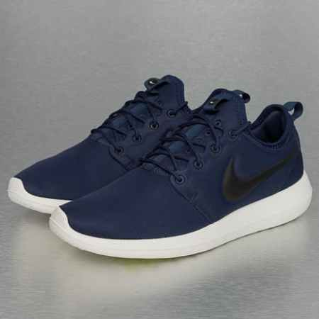 Nike Roshe Two Sneakers Midnight Navy/Black/Sail/Volt
