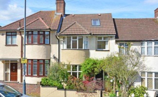 3 Bedroom Property For Sale In Ankerdine Crescent