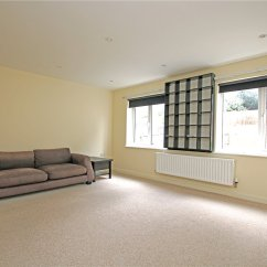 Sofa Beds Reading Berkshire Rooms To Go Sofas 4 Bedroom Property Rent In Sailcloth Close House