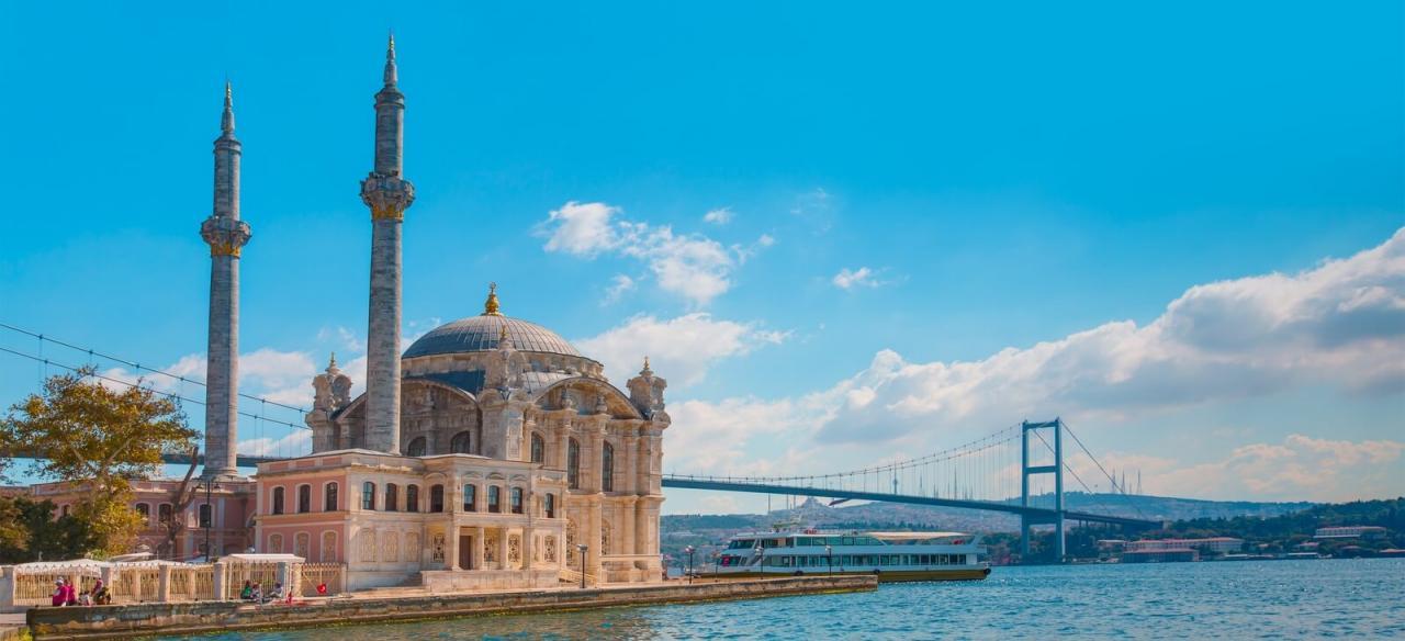 افضل مكان للسكن في اسطنبول السفر لتركيا والتمتع بجمال طبيعي خلاب