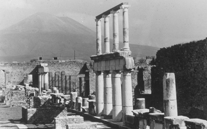 Pompeii-Rome 15