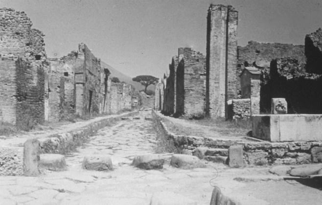 Pompeii-Rome 26