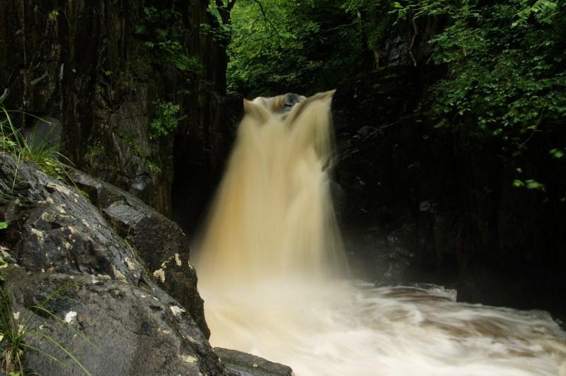 Ingleton waterfall 6