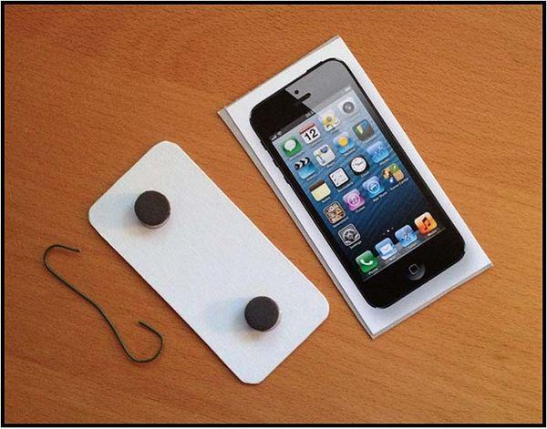 3d Iphone Wallpaper App Iphone Savior Diy Iphone 5 And Ipad Mini Christmas Ornaments