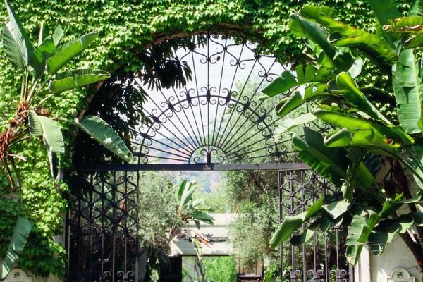J classic RC gate